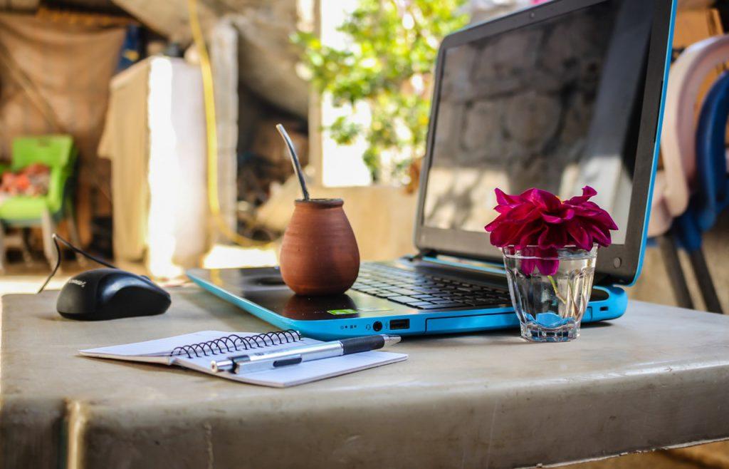 desk digital nomad electronics 1212818