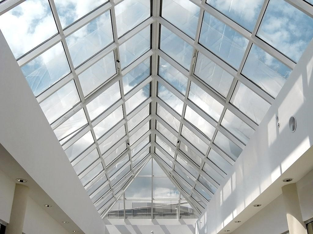 laminated glass in construction industry